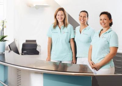 Das Team in der Zahnarztpraxis Dr. Schleicher-Hübsch